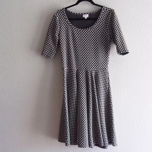 Lularoe the nicole dress black & white size large